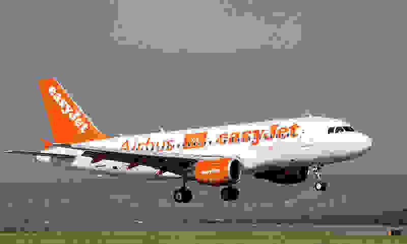Easyjet A319 100