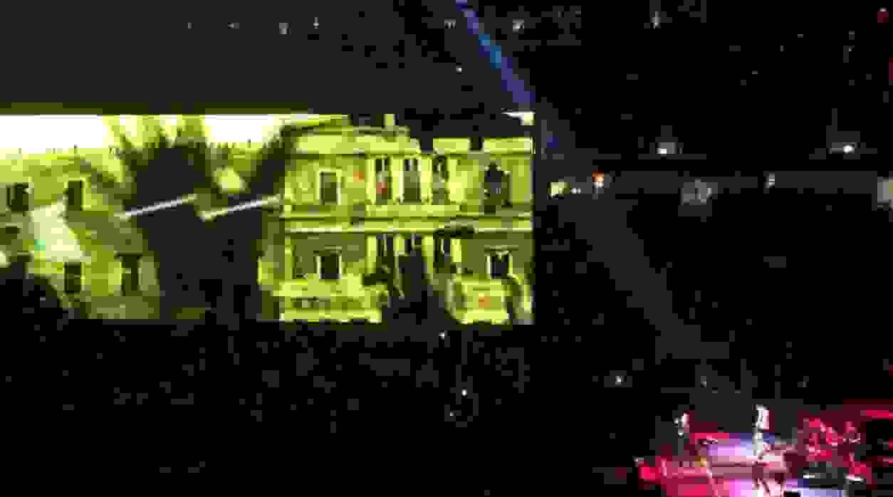 Unfuck Greece: οι U2 στις συναυλίες τους πάνε… πλατεία Συντάγματος!