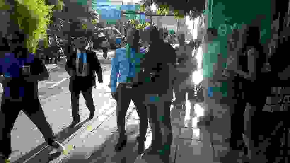 ΑΛΕΞΗΣ ΜΟΣΧΟΝΑΣ: ΜΕ ΤΟΝ ΒΑΣΙΛΗ ΚΩΝΣΤΑΝΤΙΝΟΥ ΣΤΗ ΛΕΩΦΟΡΟ