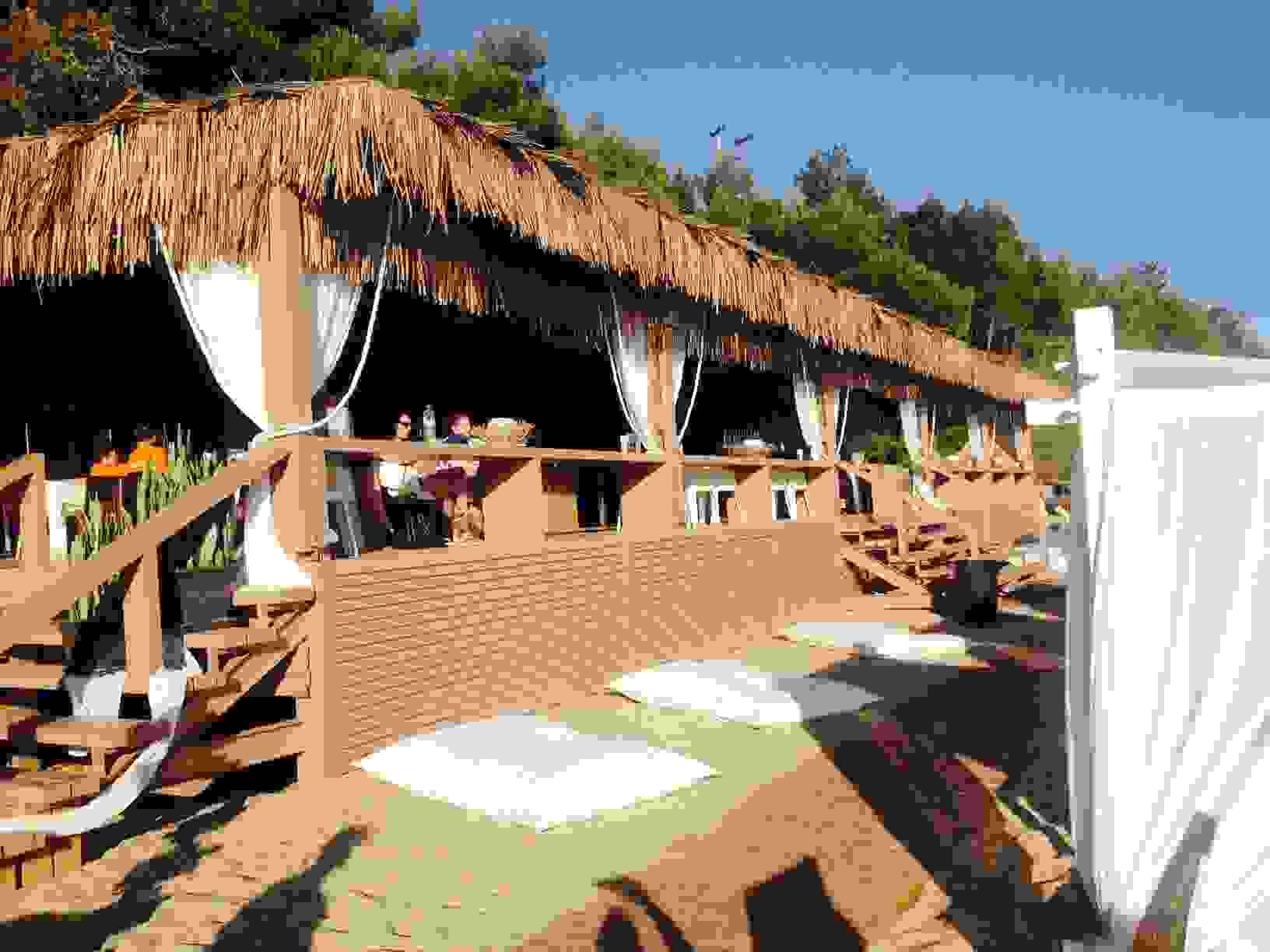 ΑΥΡΙΟ ΤΟ ΠΡΩΤΟ BEACH PARTY ΤΟΥ ΚΑΛΟΚΑΙΡΙΟΥ ΣΤ COSTA-COSTA-Ο ΑΛΕΞ ΑΠΕΥΘΥΝΕΙ ΑΝΟΙΧΤΗ ΠΡΟΣΚΛΗΣΗ (ΒΙΝΤΕΟ)