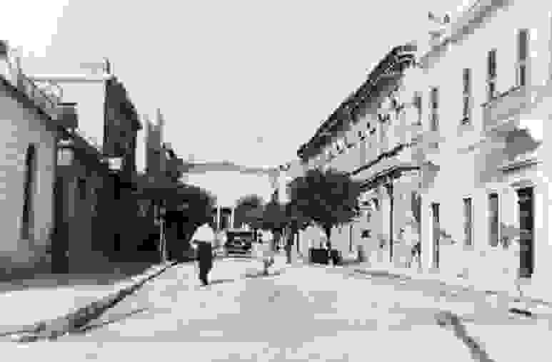 """ΑΡΓΟΣΤΟΛΙ: Η """"ΟΔΟΣ ΘΕΑΤΡΟΥ"""" ΚΑΠΟΥ ΣΤΟ 1925"""