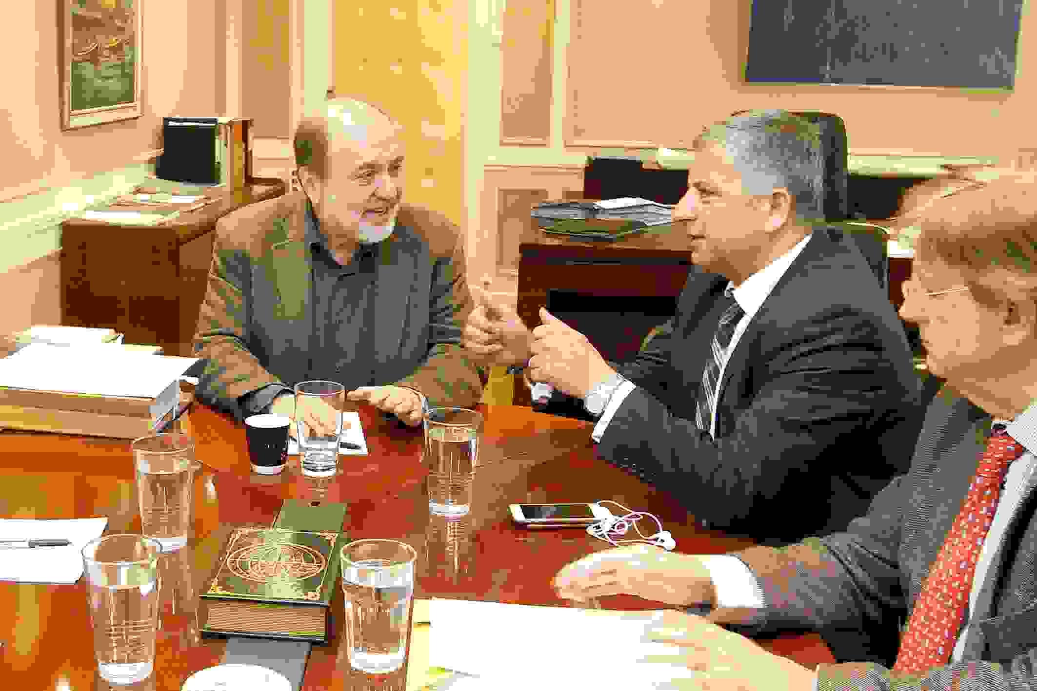 Γ.Πατούλης: Μόνο μέσω των Δήμων η διαδικασία για την παραχώρηση της χρήσης των παραλιών Ευθεία νομοθετική ρύθμιση για την παραχώρηση χρήσης αιγιαλών απευθείας στους Δήμους ζήτησε ο Πρόεδρος της ΚΕΔΕ Γ. Πατούλης από τον Αν. υπουργό Οικονομικών Τρ. Αλεξιάδη