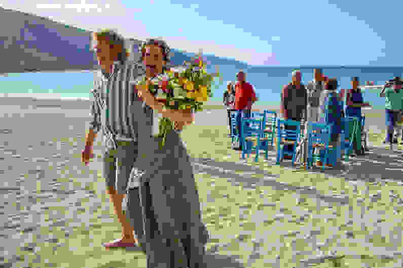 Γάμος στην παραλία της Αγίας Κυριακής για πρώτη φορά!