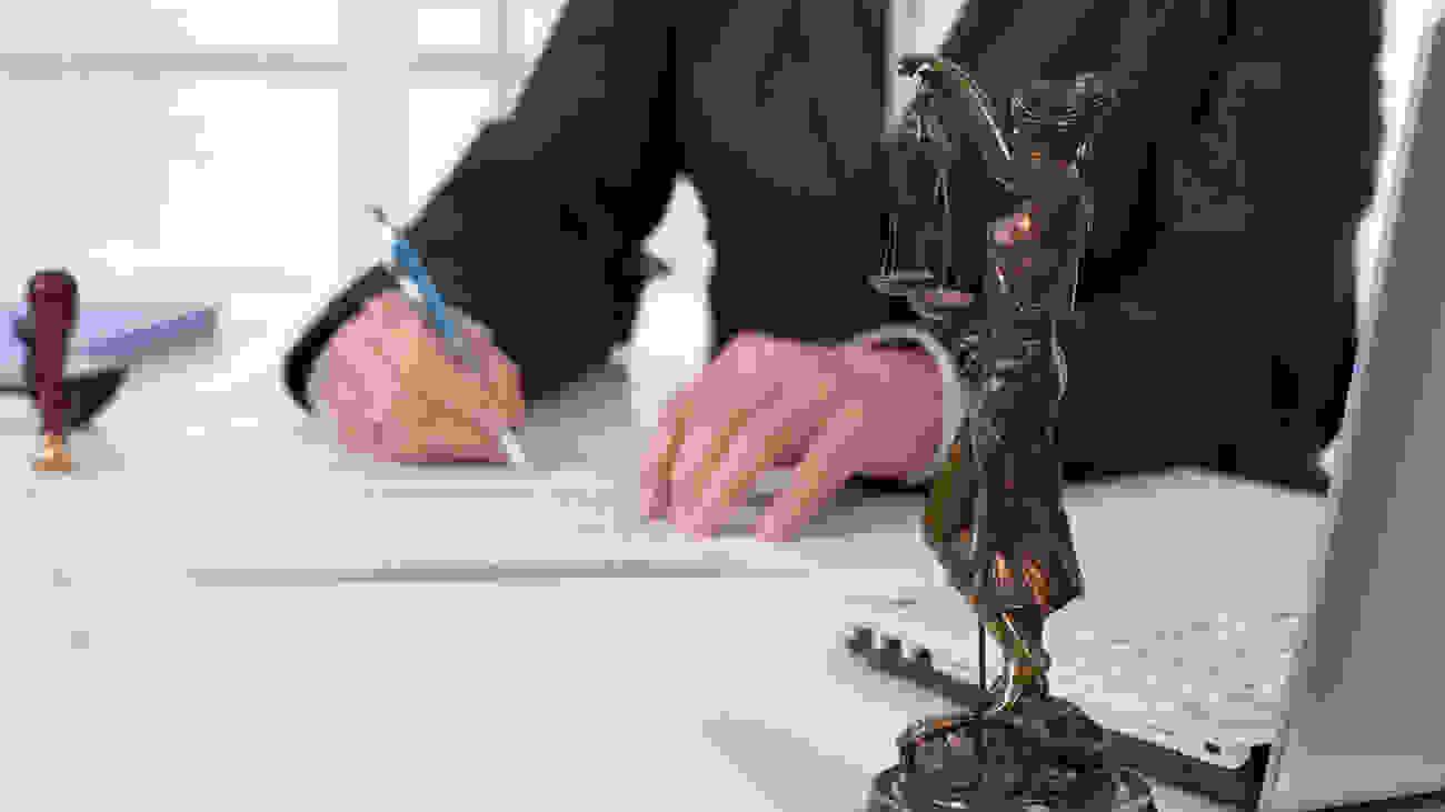 ΔΥΟ ΠΑΛΙΚΙΣΙΑΝΟΙ ΠΡΟΕΔΡΟΙ ΚΑΤΑΓΓΕΛΟΥΝ ΠΛΑΣΤΟΓΡΑΦΗΣΗ ΤΗΣ ΥΠΟΓΡΑΦΗΣ ΤΟΥΣ: «ΨΕΥΔΗΣ Η ΔΗΘΕΝ ΣΥΝΥΠΟΓΡΑΦΗ ΜΟΥ ΓΙΑ ΤΗ ΔΙΑΛΥΣΗ ΤΟΥ ΚΑΛΛΙΚΡΑΤΗ»