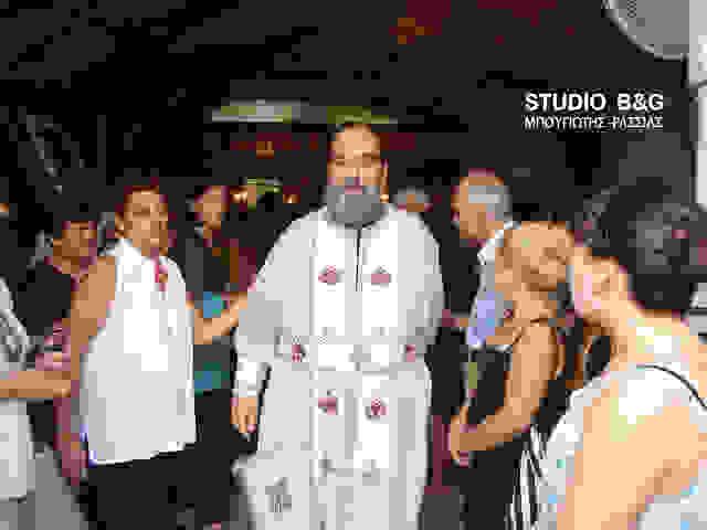 Με δάκρυα στα μάτια ο Αρχιμανδρίτης Σπυρίδων Πετεινάτος αποχαιρέτησε το Ναύπλιο