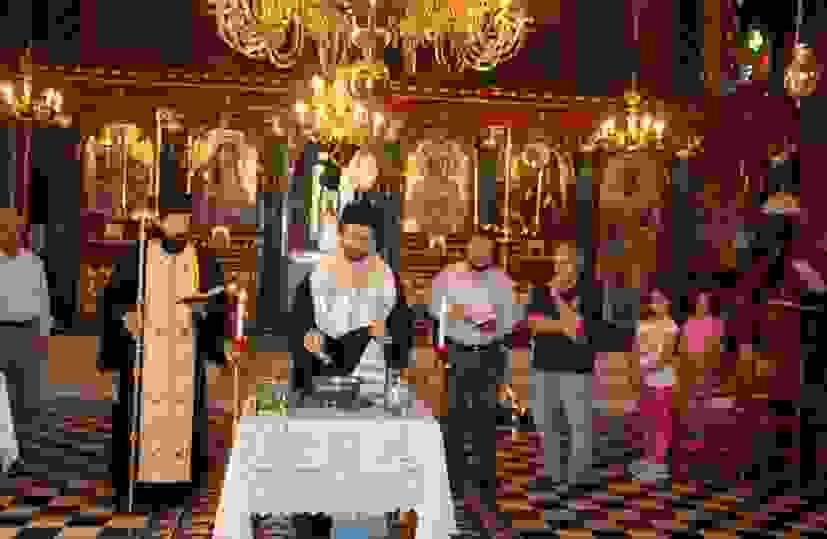 ΛΗΞΟΥΡΙ: ΕΝΑΡΞΗ ΚΑΤΗΧΗΤΙΚΟΥ ΣΤΟΝ ΙΕΡΟ ΝΑΟ ΑΓΙΟΥ ΝΙΚΟΛΑΟΥ ΤΩΝ ΞΕΝΩΝ