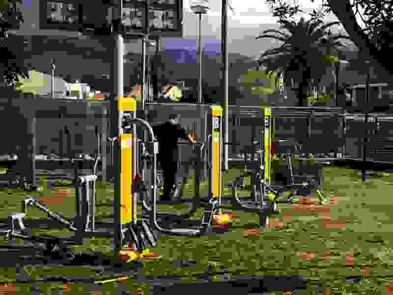 Σε λειτουργία το υπαίθριο γυμναστήριο στον κήπο πάνω από την πλ. Βαλλιάνου