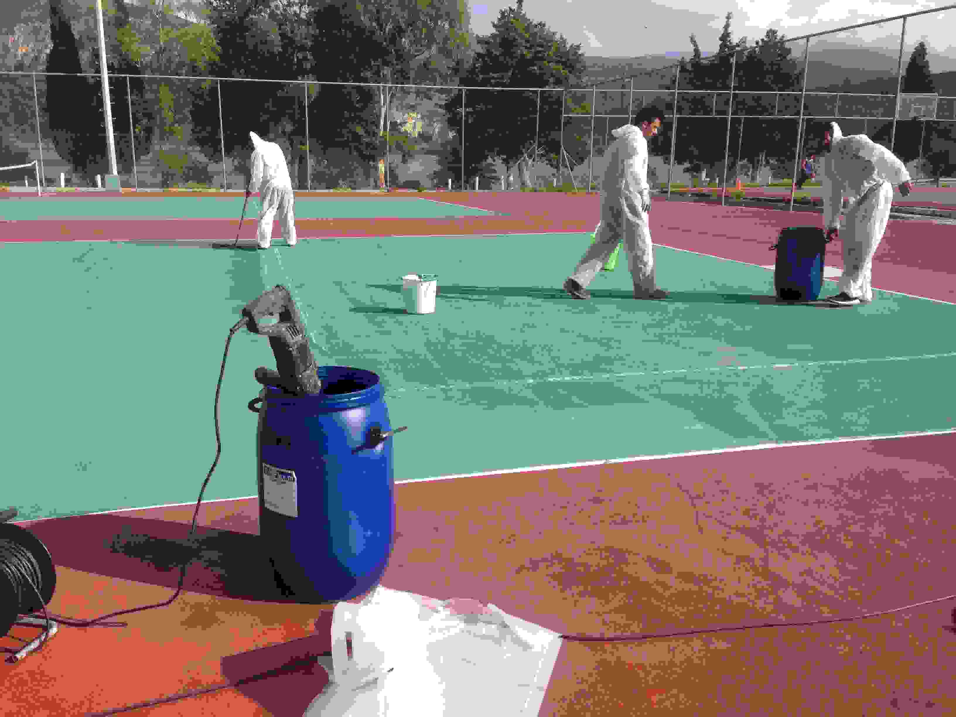 Η Κ.Ε.ΔΗ.ΚΕ συντηρεί και ανακατασκευάζει τις Αθλητικές εγκαταστάσεις.