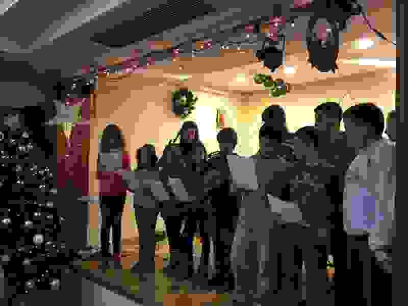 """Παιδική Χριστουγεννιάτικη Γιορτή-Βιβλιοπαρουσίαση """"Δώδεκα"""" της Λιλής Γάτη"""