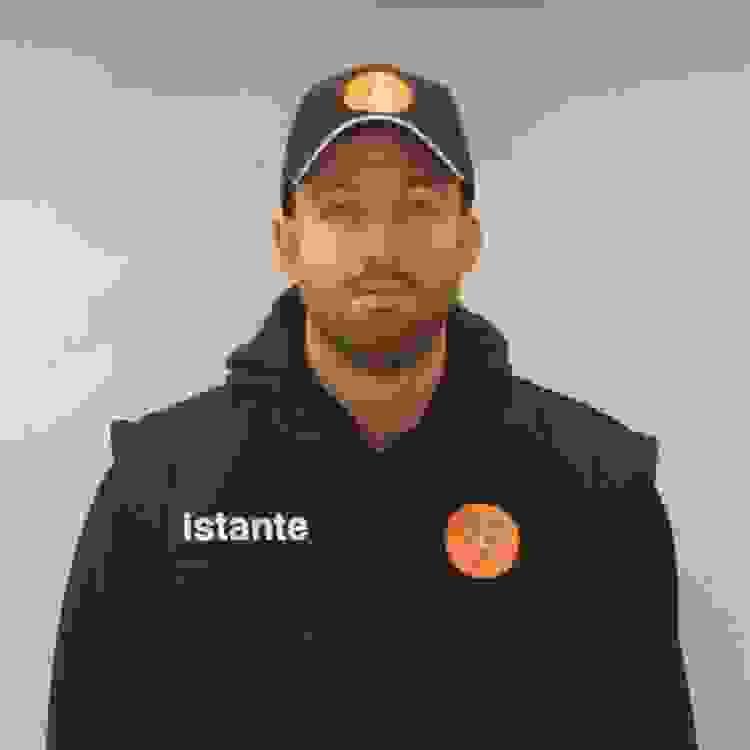"""Τα καταστήματα """"Istante"""" ντύνουν τον ΑΣΚ και του φίλους του!"""