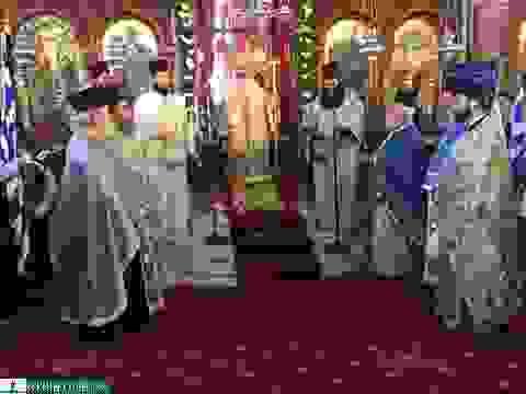Λαμπρή Δοξολογία για τον εορτασμό της 25ης Μαρτίου στη Μητρόπολη [εικόνες]