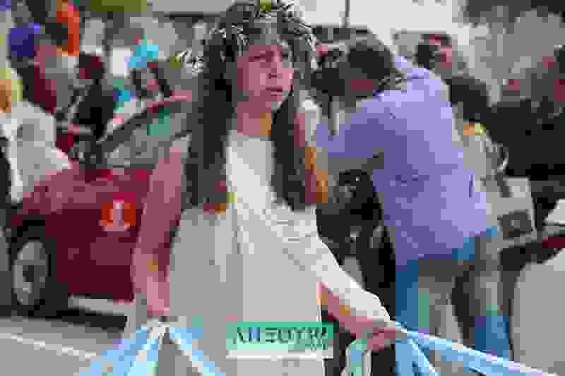 Μετ' εμποδίων έγινε η μαθητική παρέλαση στο Ληξούρι για τον εορτασμό της 21ης Μαΐου