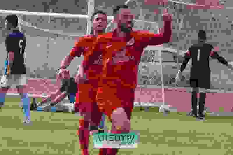 Αγχωτική νίκη για τον Παλληξουριακό 3-1 την Εικοσιμία στο Ληξούρι
