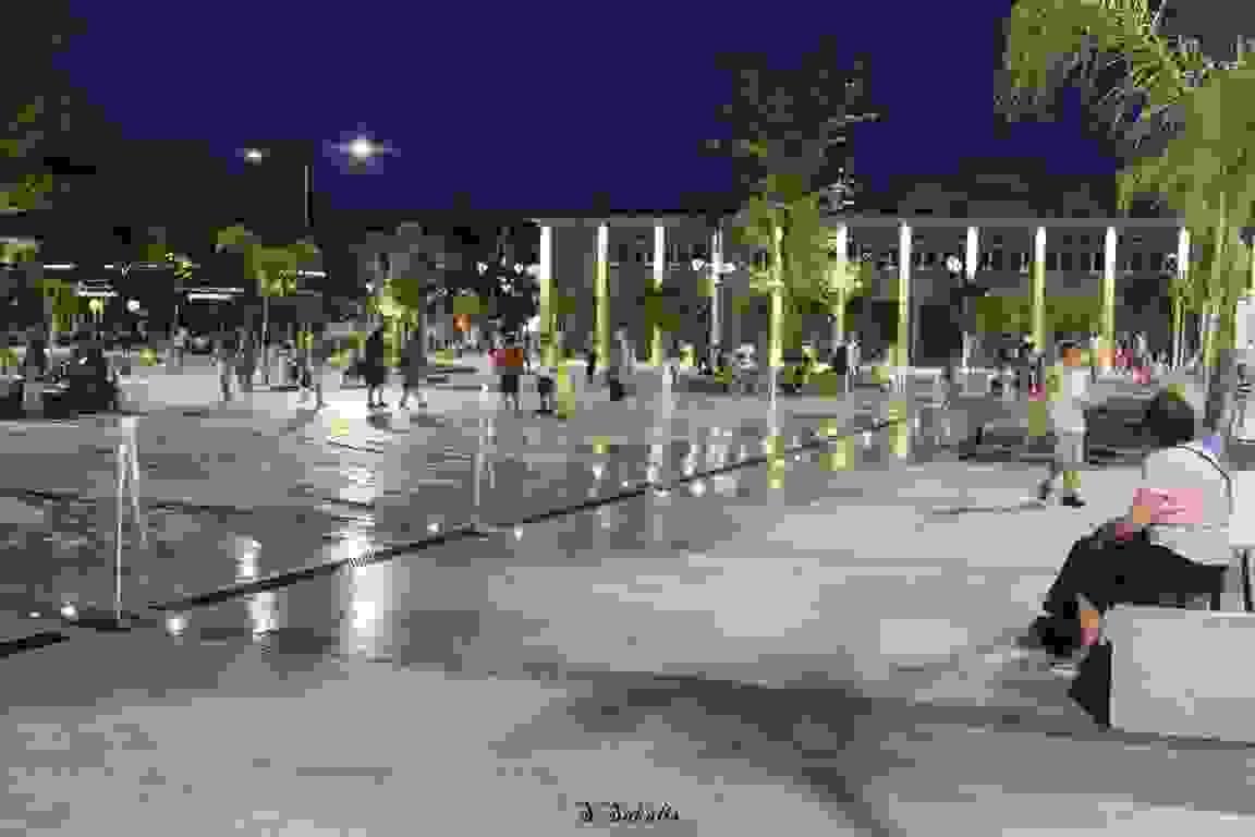Φωταγωγήθηκε το παλιό Δημαρχείο Αργοστολίου [εικόνες]