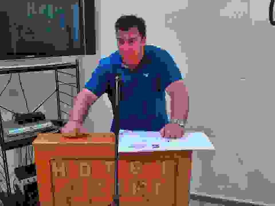 ΣΠΥΡΟΣ ΛΟΥΚΑΚΗΣ: ΚΑΤΕΒΑΙΝΩ ΜΕ ΤΟΝ Σ. ΓΑΣΠΑΡΙΝΑΤΟ-ΟΥΔΕΠΟΤΕ ΘΕΛΗΣΑ ΝΑ ΕΙΜΑΙ ΕΠΙΚΕΦΑΛΗΣ