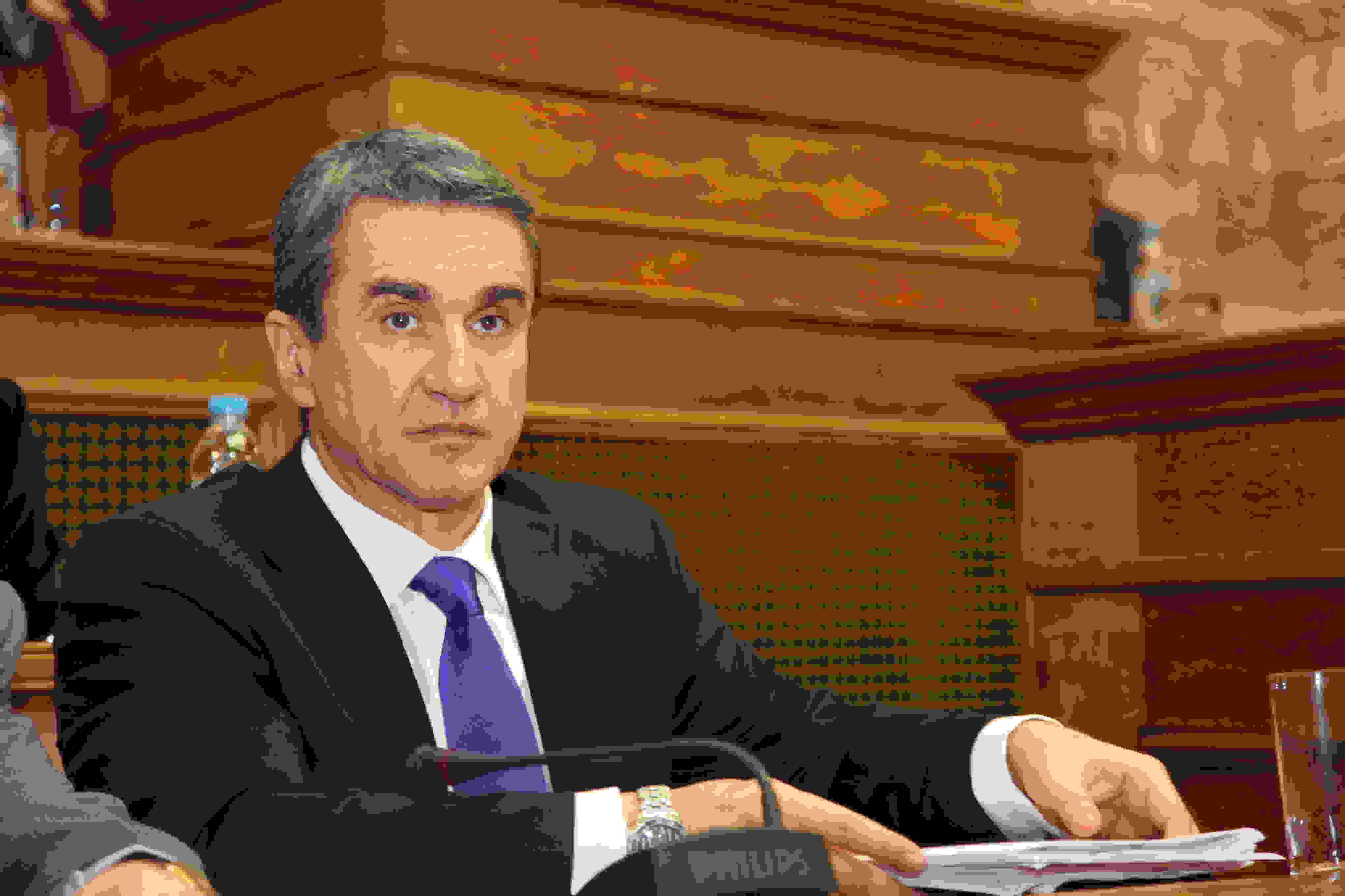 O Λοβέρδος ρωτά τον Υπουργό Υγείας για το Μαντζαβινάτειο