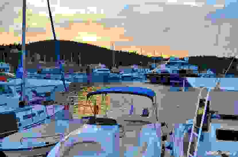 Μαγευτικό σούρουπο στο κοσμοπολίτικο Φισκάρδο (εικόνες)