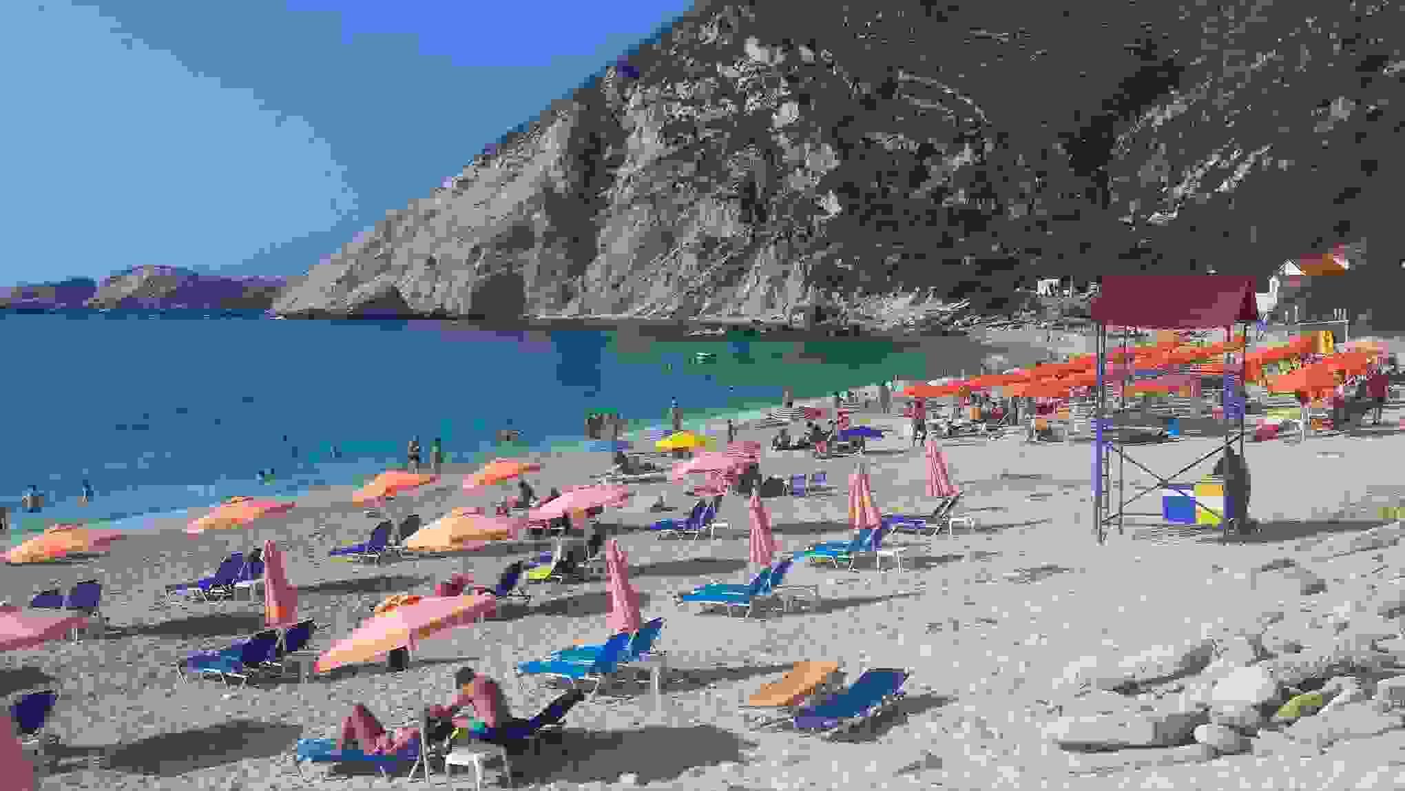 Στην μαγευτική παραλία των Πετανών (εικόνες)