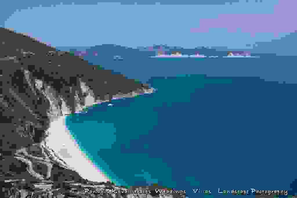 Μύρτος: Μια πανέμορφη παραλία και ένα φλογερό ηλιοβασίλεμα (εικόνες)