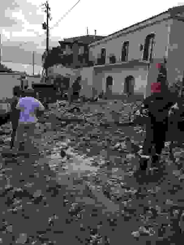 Εικόνες καταστροφής στο Νύφι [εικόνες]