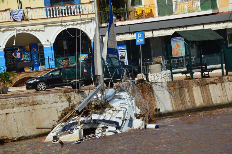 Πάνω από 43 σκάφη βυθίστηκαν στην Κεφαλονιά [εικόνες]