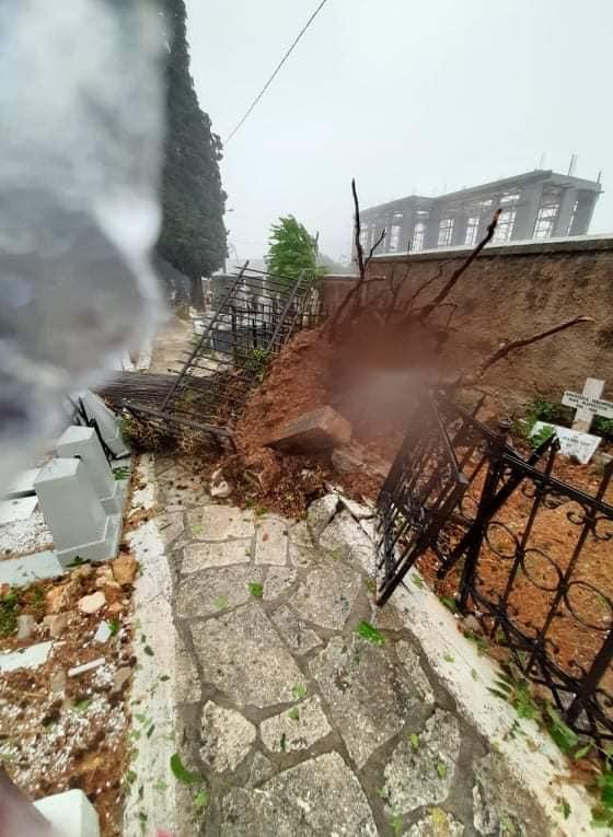 Σάρωσε τα πάντα ο κυκλώνας «Ιανός»