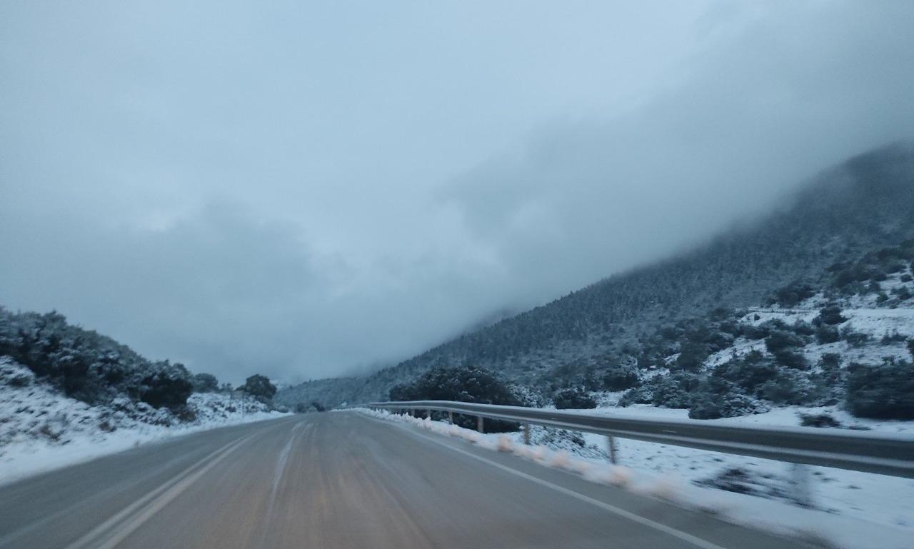 Ανοιχτός ο δρόμος Αργοστολίου –Σάμης –Προσοχή στο πάγο [εικόνες]
