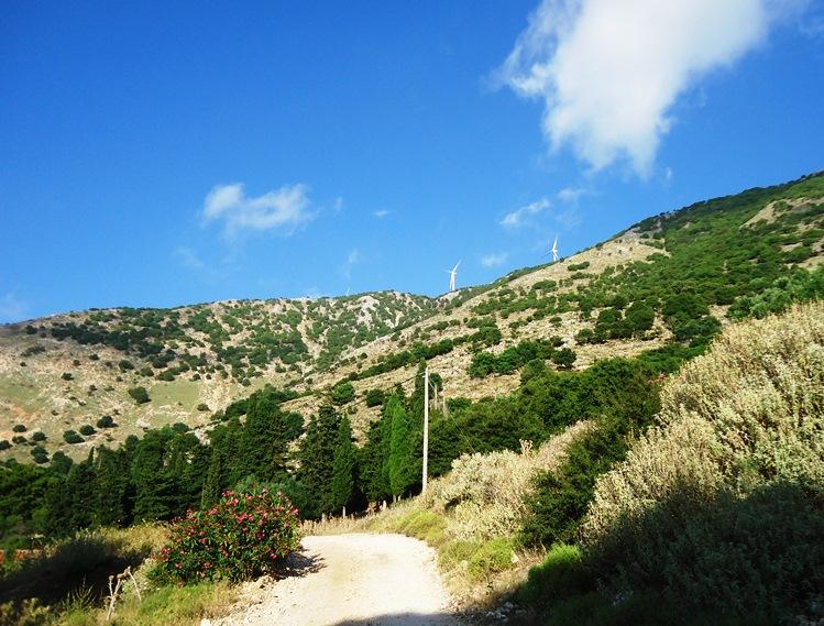 Παλαιά ορεινά περιπατητικά μονοπάτια Θηνιάς