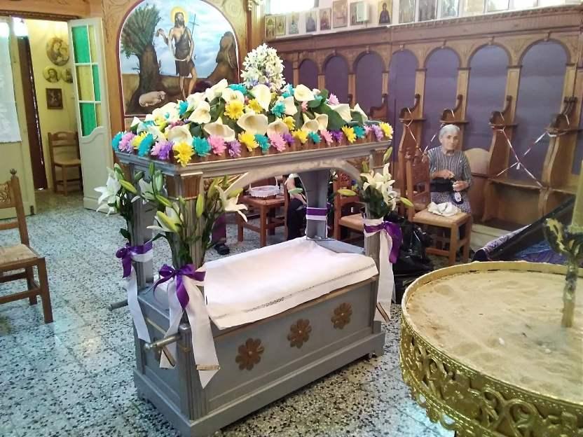 Στολίστηκε ο επιτάφιος στον Ιερό Ναό Αγίου Ιωάννη Προδρόμου στο Νύφι [εικόνες]