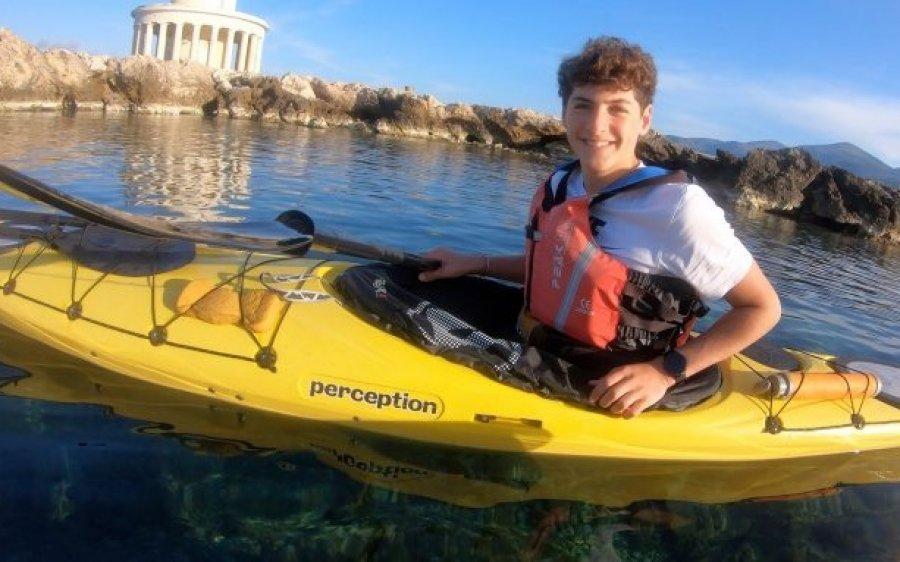 Συγχαρητήρια Δημάρχου Αργοστολίου στον 14χρονο Δημήτρη Βερούτη για τον περίπλου της Κεφαλονιάς