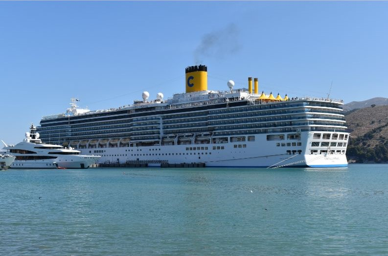 Costa Luminosa: Το πρώτο κρουαζιερόπλοιο στο Αργοστόλι [εικόνες]