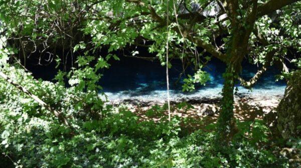 Ο θησαυρός που είναι κρυμμένος στον Καραβόμυλο – Κρυστάλλινα λιμνοσπήλαια Ζερβάτη [εικόνες]