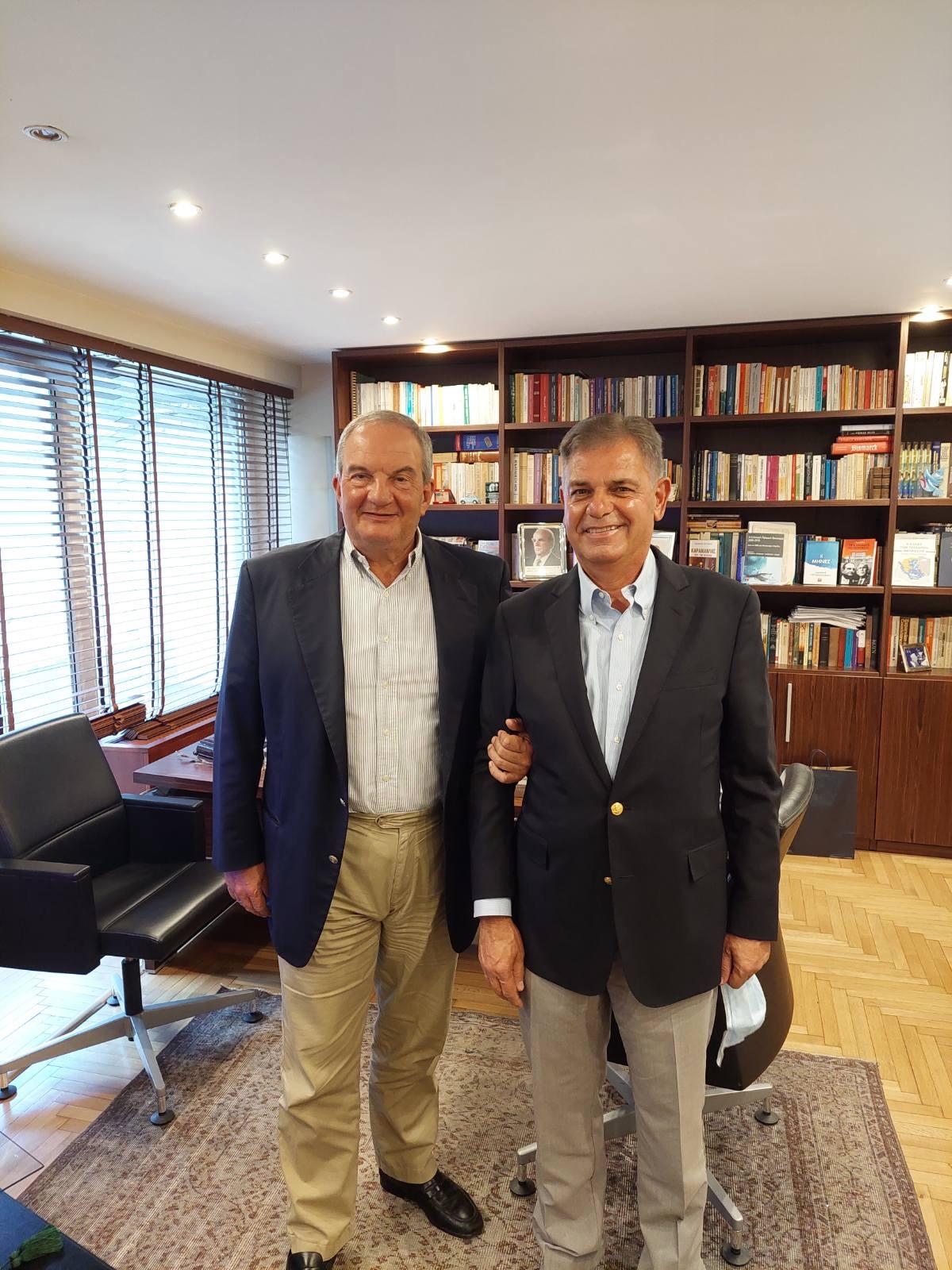Συνάντηση Καραμανλή  Λουκέρη στην Παναγή Κυριακού –Τι συζήτησαν οι δύο άνδρες [εικόνες]