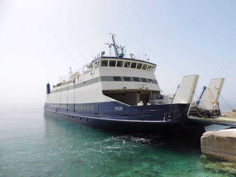 Απαγορεύτηκε ο απόπλους του πλοίου Ιάσων για Ζάκυνθο λόγω μηχανικής βλάβης