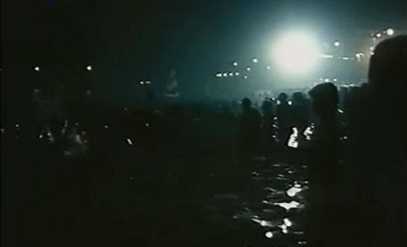 Όταν ο Φώτης Αλέπoρος ξεσήκωνε χιλιάδες Αθηναίους με την μαντολινάτα του στο περίφημο πάρτυ του Κελαηδόνη στη Βουλιαγμένη [εικόνες]