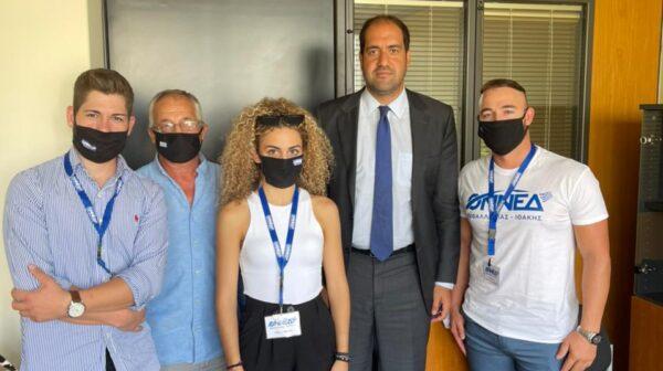 ΔΕΕΠ και ΟΝΝΕΔ Κεφαλονιάς στην Αθήνα – Συνάντηση με Μπακογιάννη -Παρέδωσαν 14 τόνους προϊόντα [εικόνες]