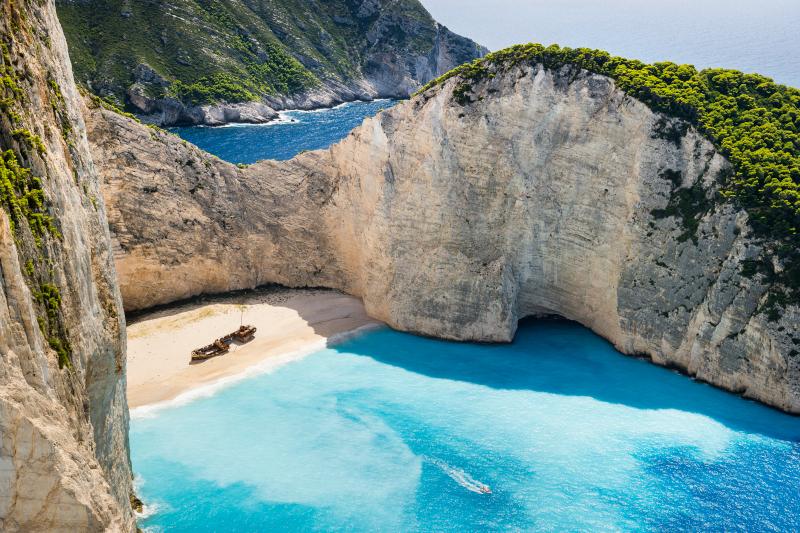 "TravelSupermarket: Ζάκυνθος και Κέρκυρα στους προορισμούς ""αξίας"" των Βρετανών για διακοπές αυτήν την εποχή"